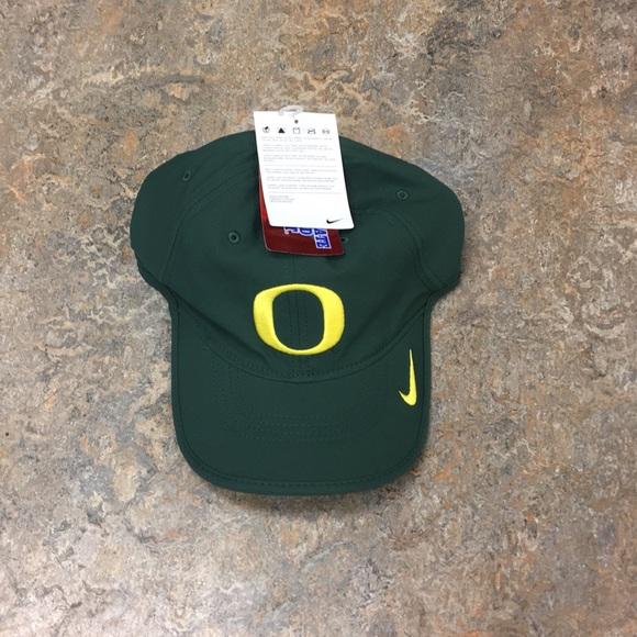 1b26c0b4aead0 Oregon Ducks Nike H86 Vapor Adjustable Hat Cap